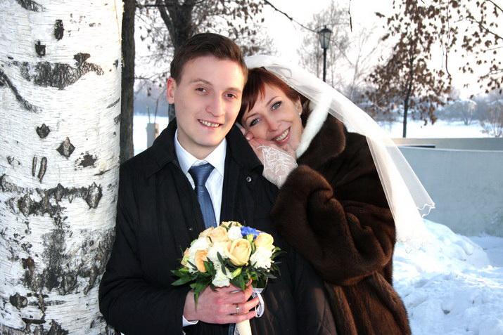26Порно уединились на свадьбе
