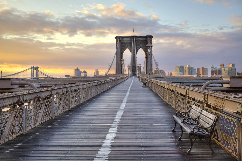 brooklyn-bridge-at-sunrise-137137951-591895b35f9b586470df6224.jpg