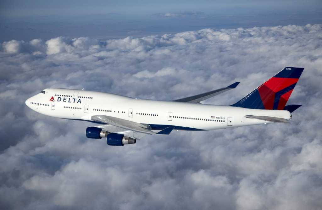 boeing-clouds-sky-height-boeing-passenger-plane-delta-air-lines-flight-photo.jpg